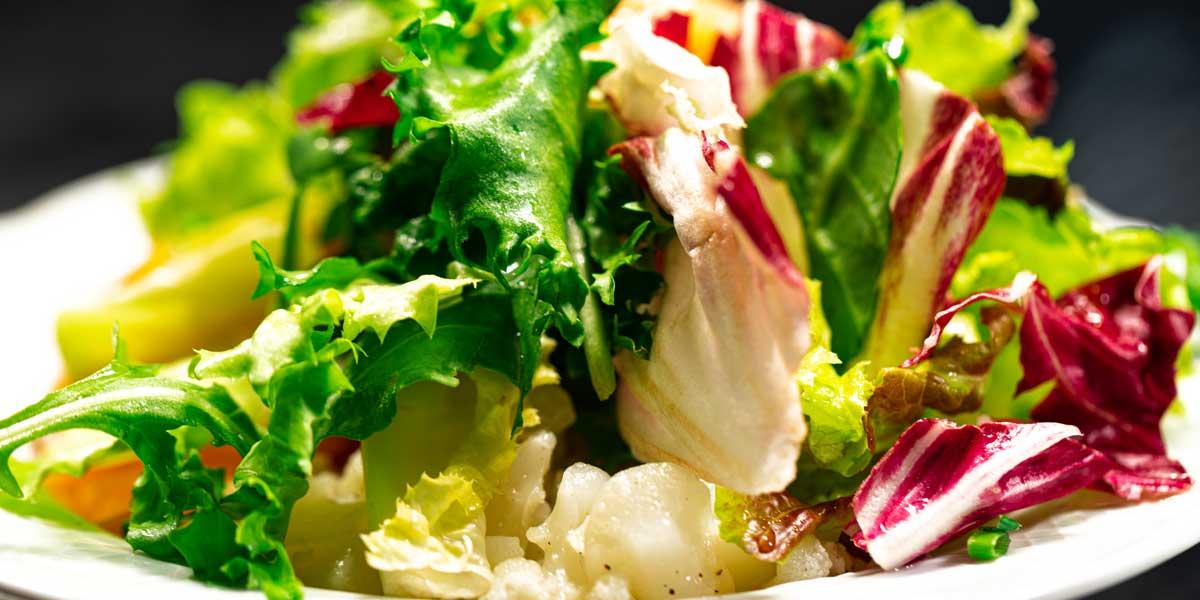 Spezialitäten : Salat Gasthof Bauernhannla