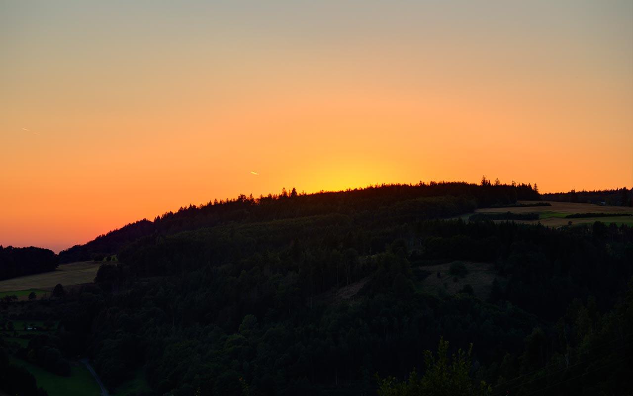 Sonnenuntergang (Sonne Weg) Gasthof Bauernhannla
